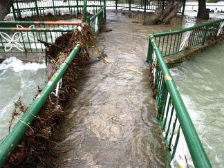 Turkey - Manavgat (Antalya) - 2. týden v prosinci: prší, prší, prší, neprší, prší, prší, prší. * Manavgat (Antalya) - the second week of December: it's raining, raining, no raining, raining, raining, raining, raining. Tak jedeme radši do KAPADOKIE.