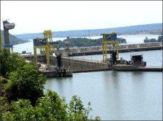 Zpět na západ proti proudu Dunaje. Dunaj tvoří přirozenou hranici se Srbskem na jihozápadě Rumunska.