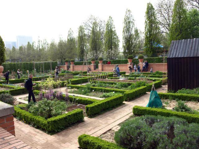 L artisan parfumeur batucada galerie jardin yitzhak for Jardin yitzhak rabin