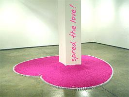 Plastic garden Zdroj: sperfume.com