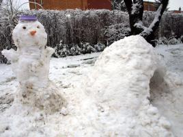 Velikonoční sněhulák - konec března 2013