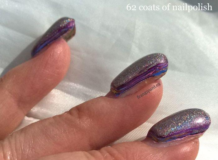 62-coats-of-nail-polish_frangipani_2