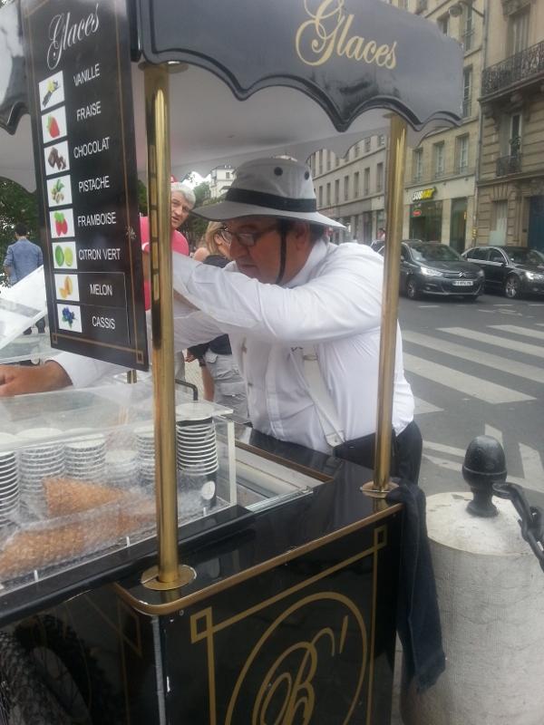 Pariz_zmrzlinar (600x800)
