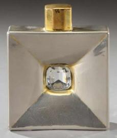 Zdroj: https://rlalique.com/rene-lalique-pierre-precieuse-perfume-bottle-8363