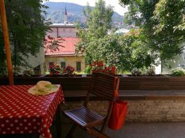 Na yagradě apartmánu v centru Sarajeva